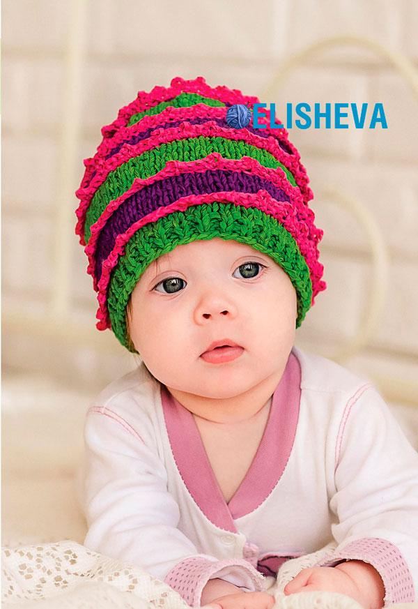 Веселая детская шапочка с кружевами, вязаная спицами и крючком