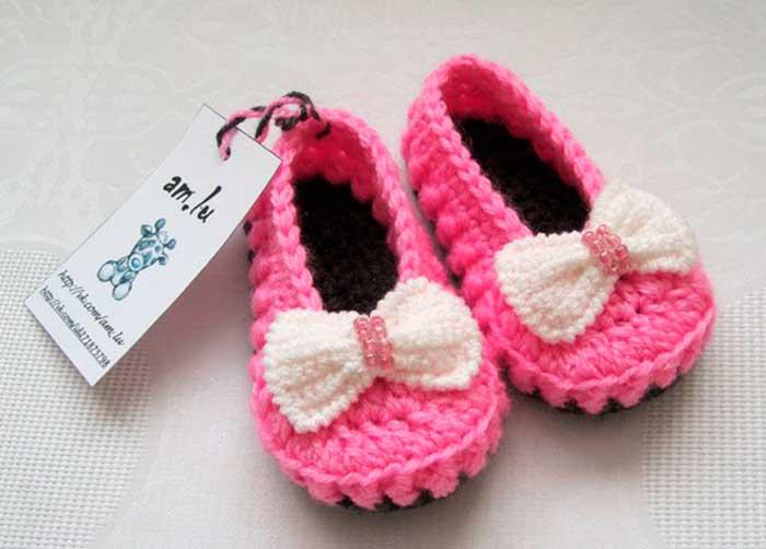 Авторские пинетки или нарядные туфельки для малышки, вязаные крючком