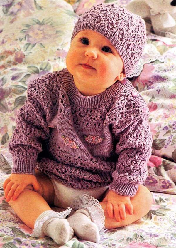 Шапочка и пуловер сиреневого