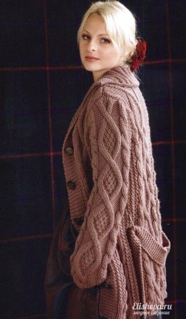 пальто с поясом вязаное