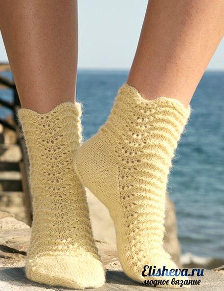 Вязанные спицами. Носочки