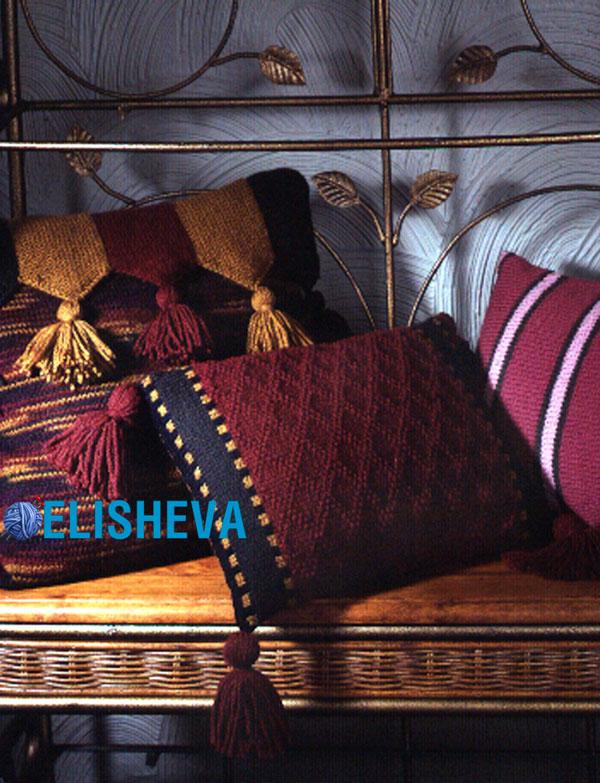 Подушка в английском стиле от Patons, вязаная спицами