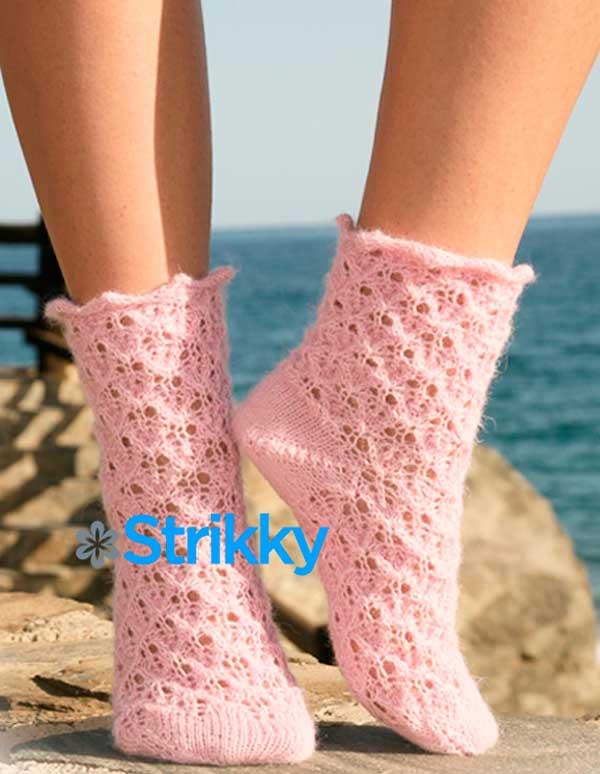 Ажурные носки «Милые пушистики» от Drops Design вязаные на 5 спицах