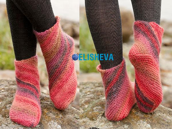 Красивые, но простые в вязании носки от Drops Design: описание спицами