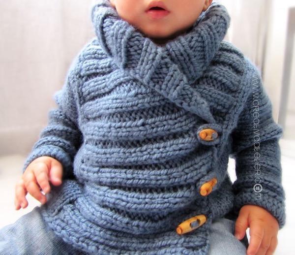 Детская кофточка Ribbed Baby Jacket от Debbie Bliss вязаная спицами